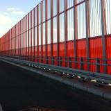 Wyklejanie foli na ekranach akustycznych na autostradzie A1 na najdłuższej estakadzie w Polsce!